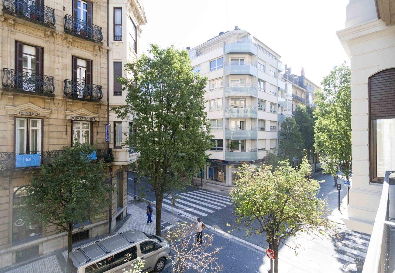 Apartment in San Sebastián - CAMELOT
