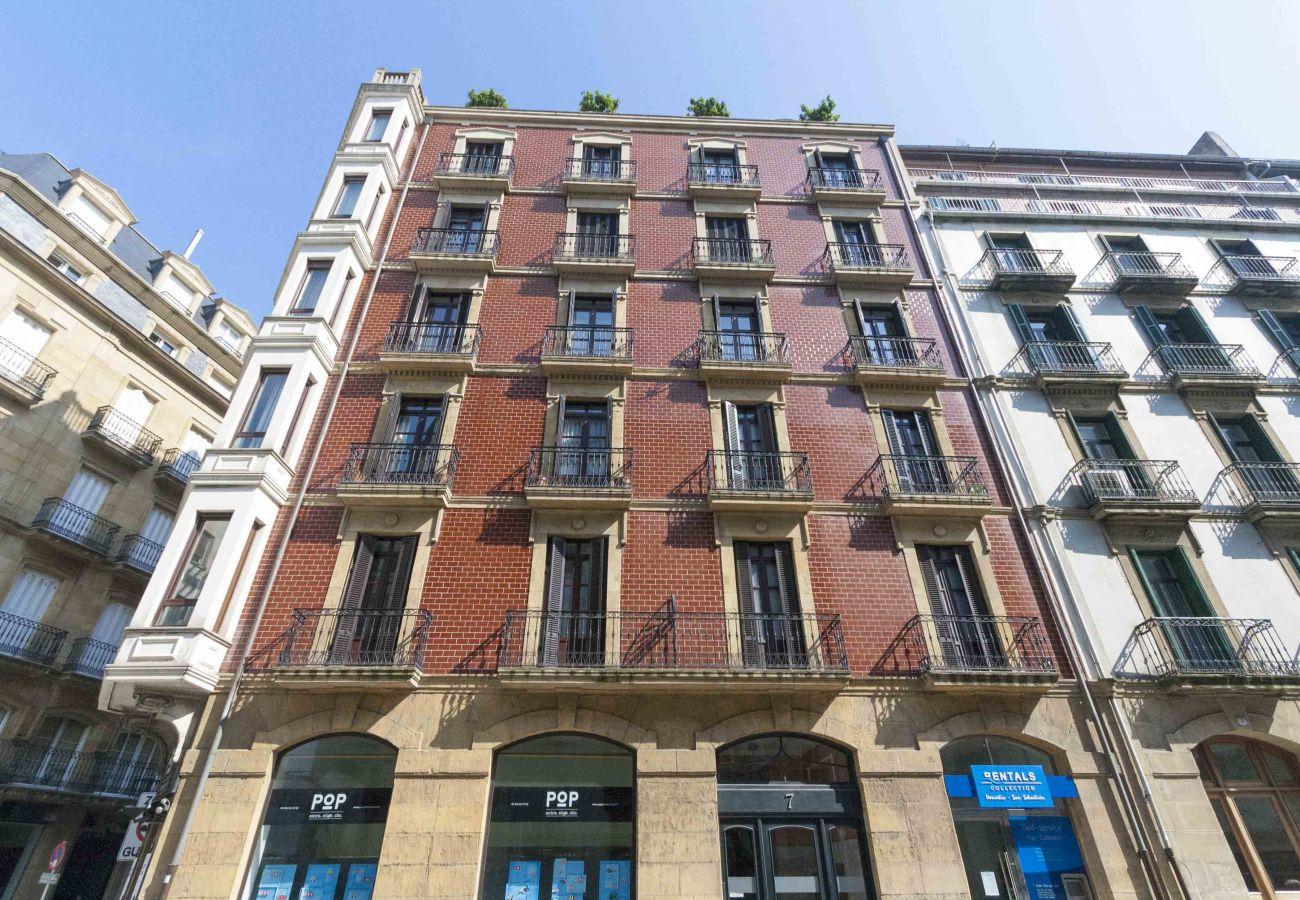 Apartment in San Sebastián - ZUBIETA I