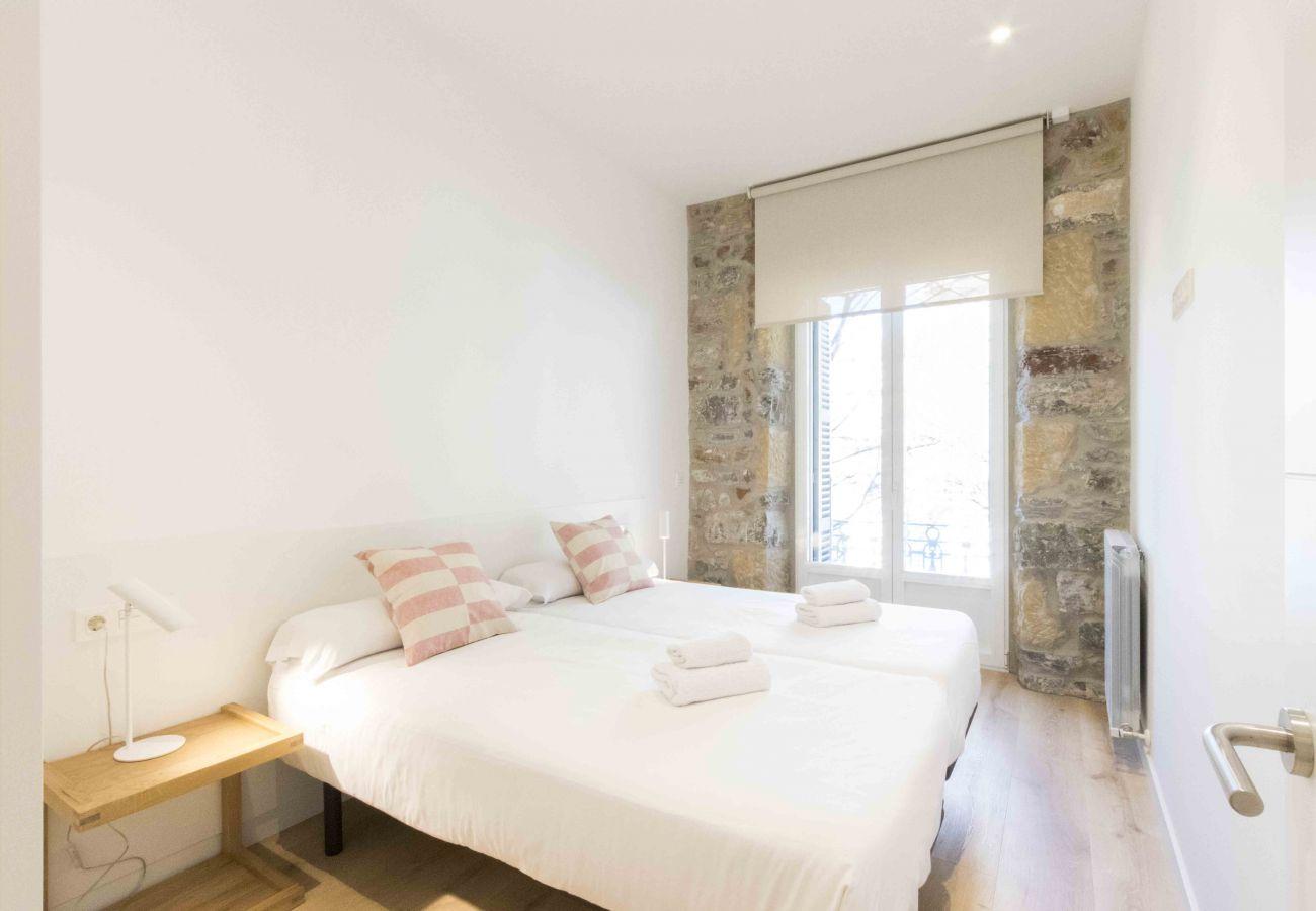 Apartment in San Sebastián - BUEN PASTOR I