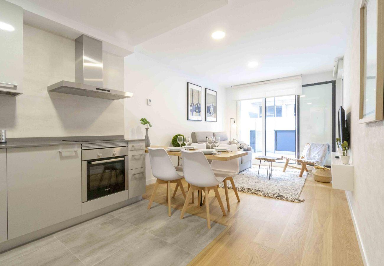 Appartement confortable avec terrasse dans le centre de la ville